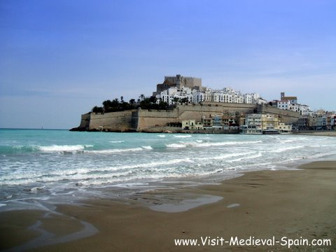 Photo of Pe�iscola Spain, medieval old town castle and beach